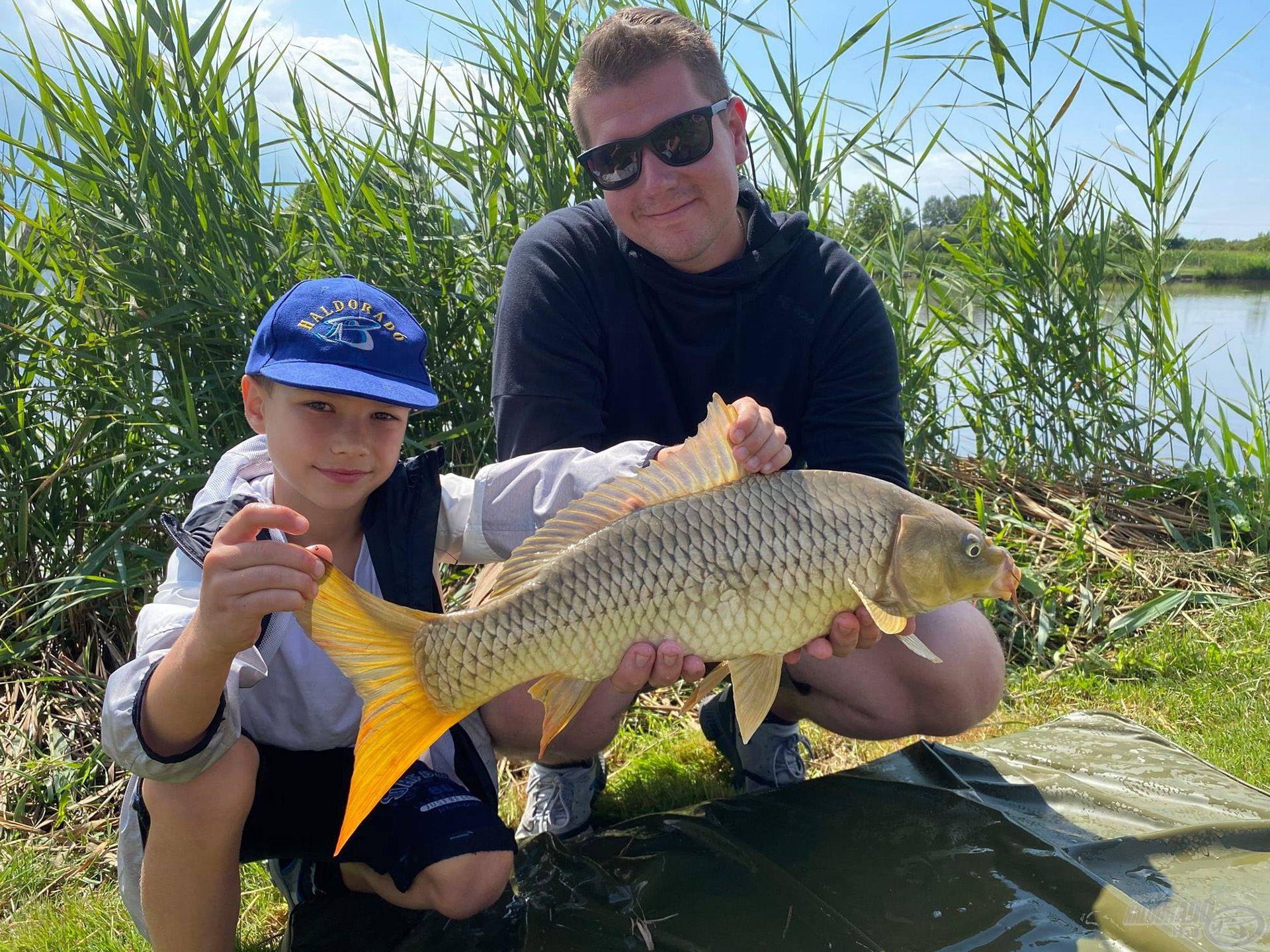 A nagypontyos horgászat iránt érdeklődők Rokolya Pétertől tanulhatnak