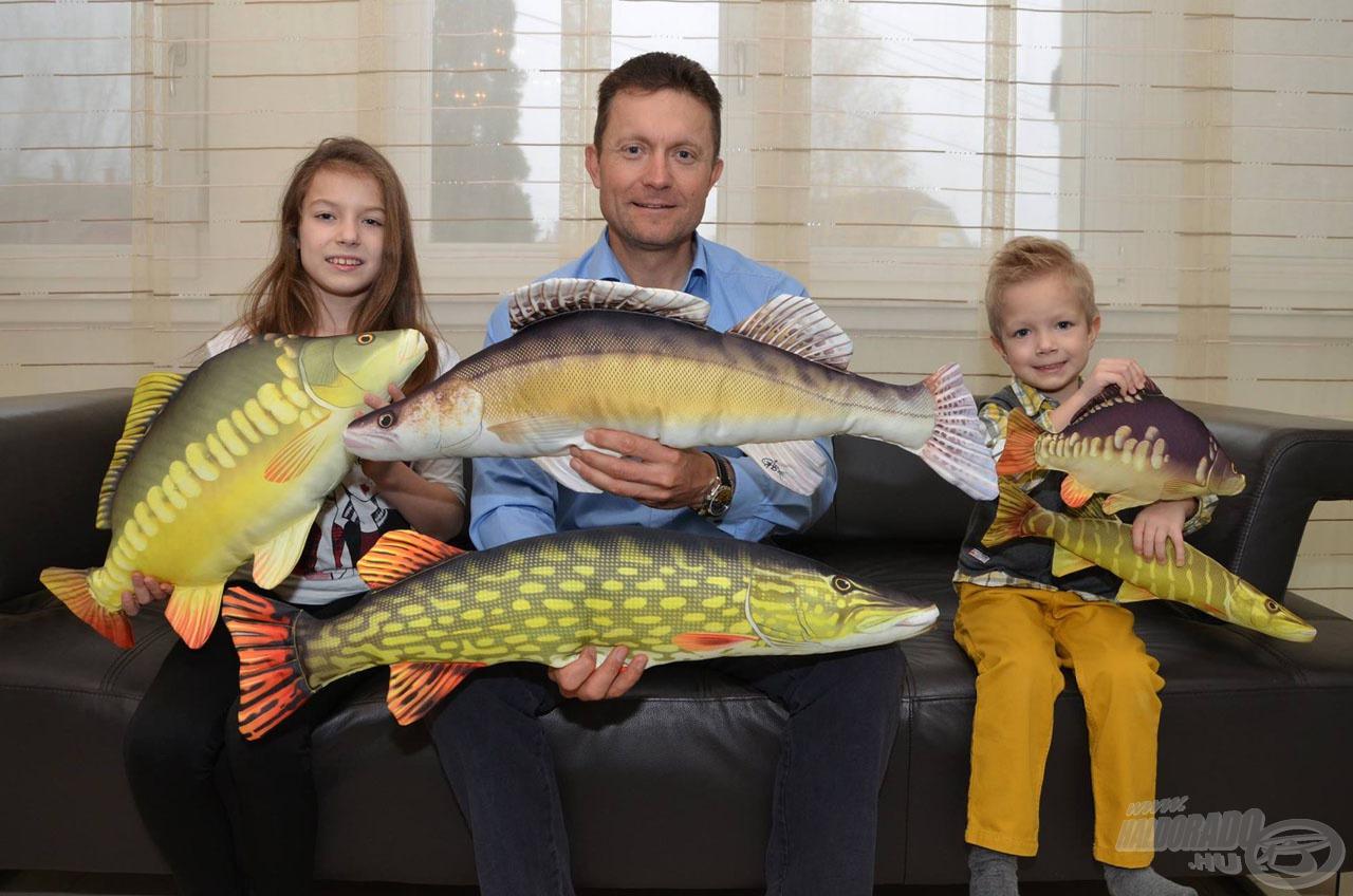 Minden horgász örülne egy hal formájú párnának