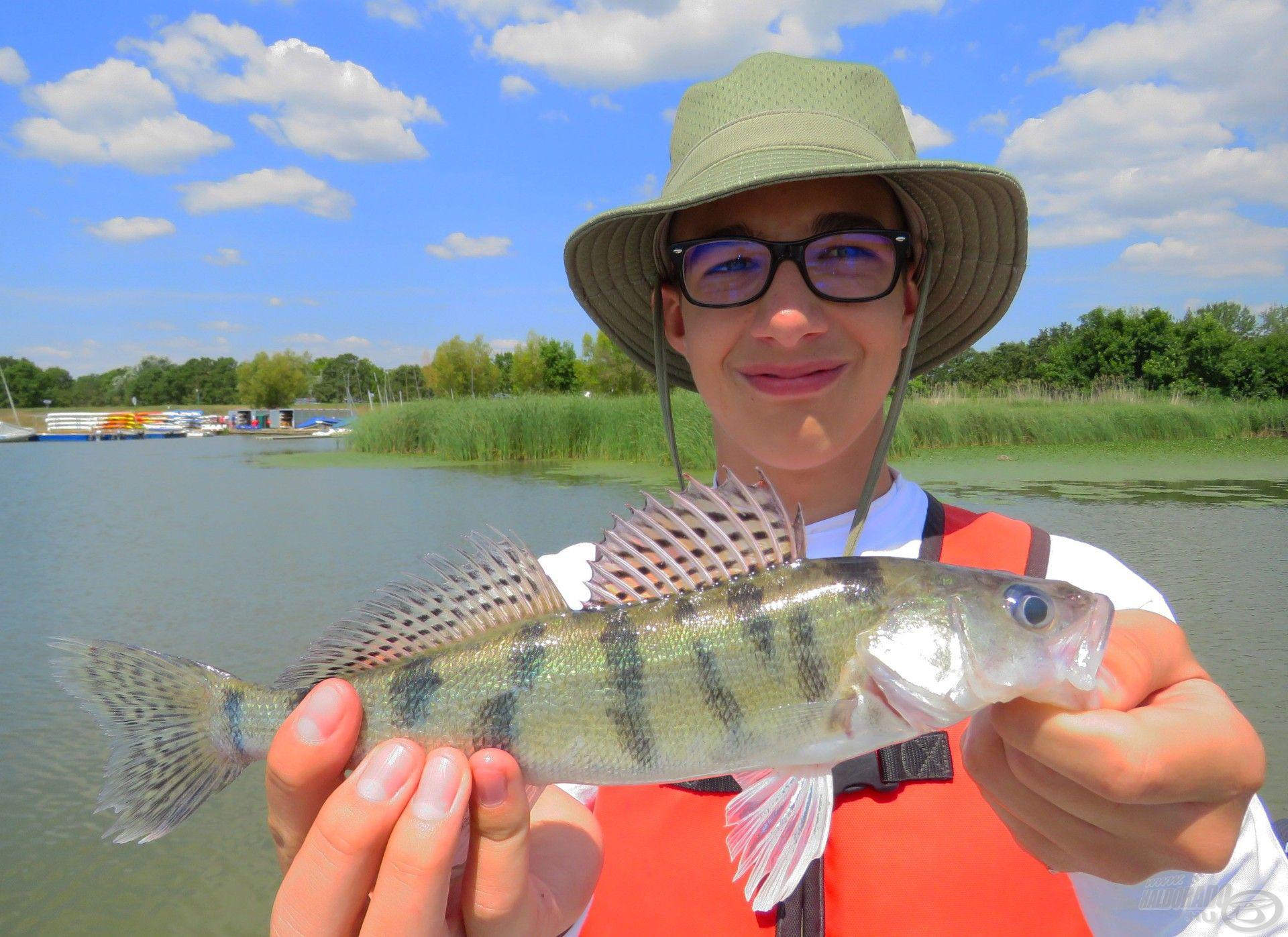 Gyakran kellett váltogatnunk a helyeket, ha ilyen szép halakat akartunk fogni