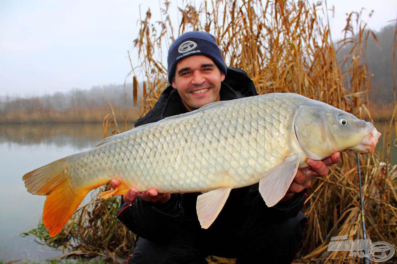 A hideg vízi horgászatok során ilyen szép halakhoz is hozzásegíthet minket a Fekete Erő