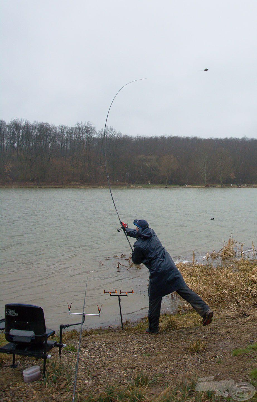 A nagy távolságú method feeder horgászat az egyik leghatékonyabb módszer, amikor keresni kell a halat