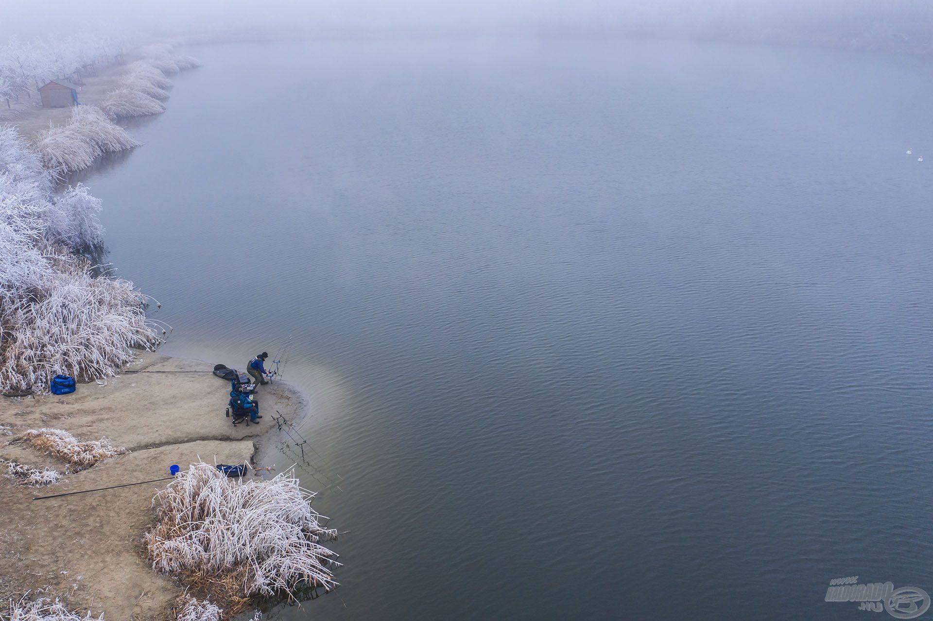 Az Orosházi Új homokbánya-tó mély vizének köszönhetően most is horgászható