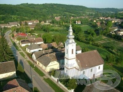 A valamikori virágzó, ősrégi faluban ma mindössze 360 fő él… meg vannak számlálva a falu napjai?! (forrás: www.miszla.hu)