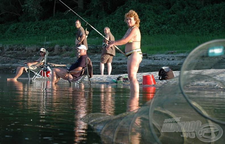 A homokpadokon kényelmesen horgászhatunk