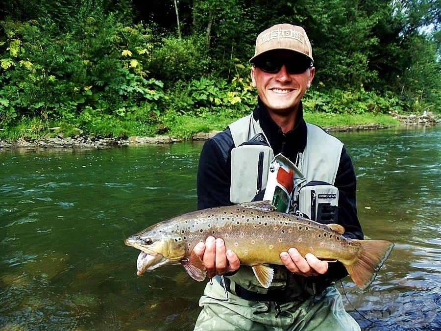 Przemek profi legyező horgász és horgászkísérő