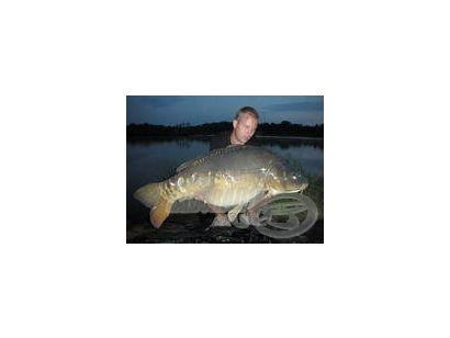 Horgásztúra a 30 kilós pontyok hazájában