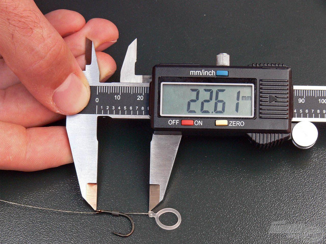 Ezzel kb. 2,2-2,3 centiméterre kalibráljuk a hajszálelőke hosszát