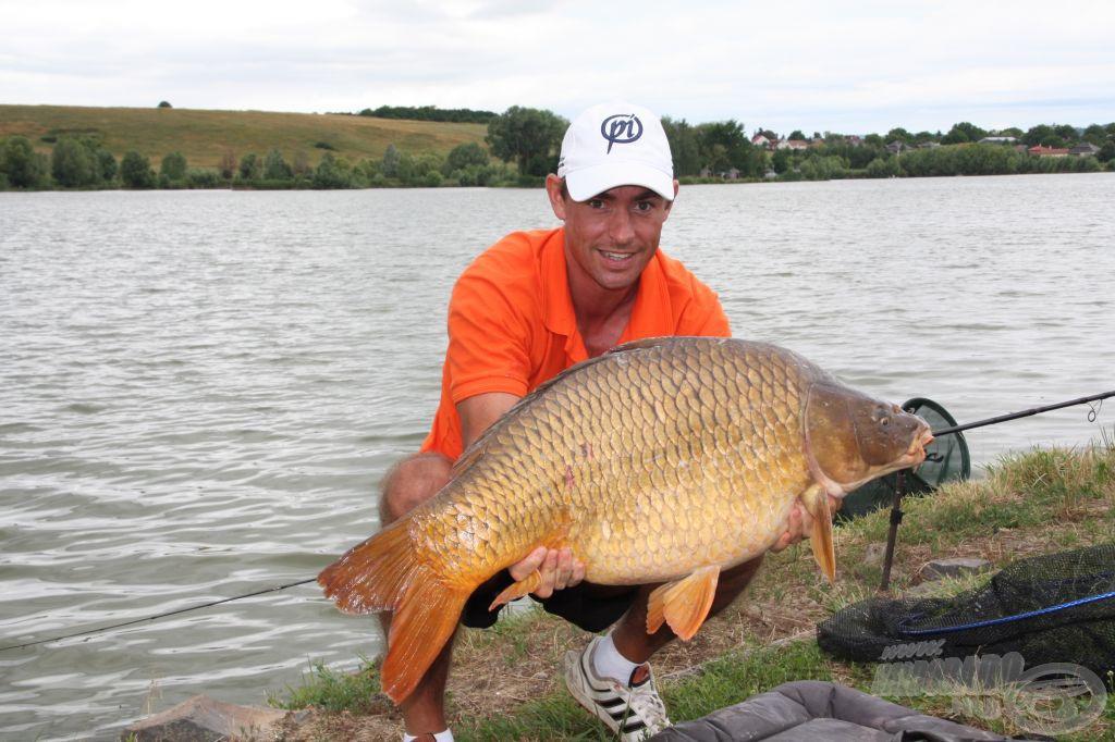 Farkas János ma is hatalmas halakat fogott