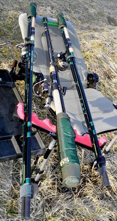 Horgászbotjaim felszerelve érkeznek a vízpartra