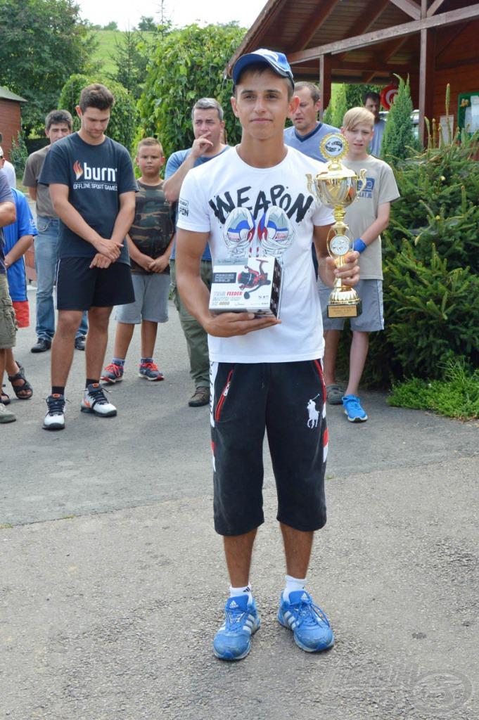2. helyezett: Kállai Alexander Márk 16.300 gramm