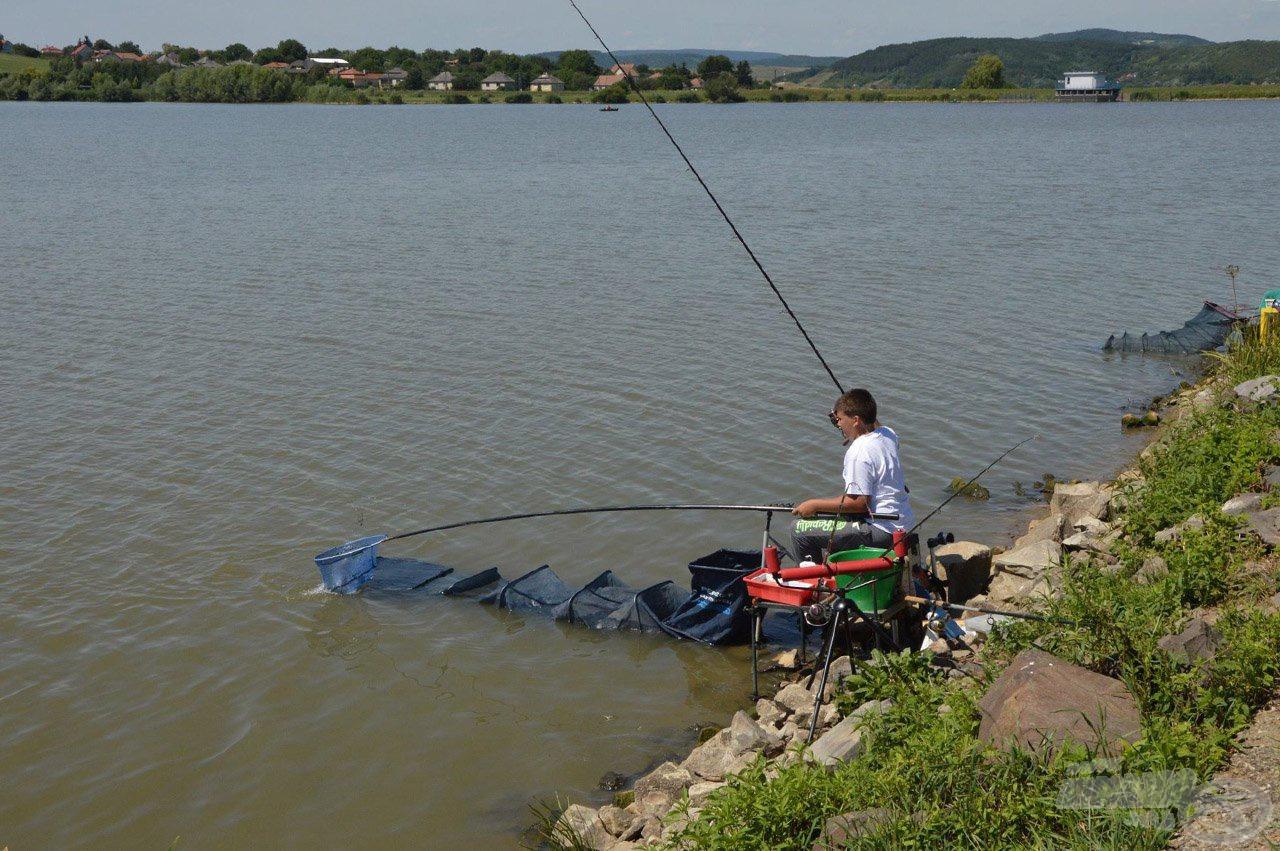 Várjuk a fiatal, feederezni és versenyezni szerető horgászokat!
