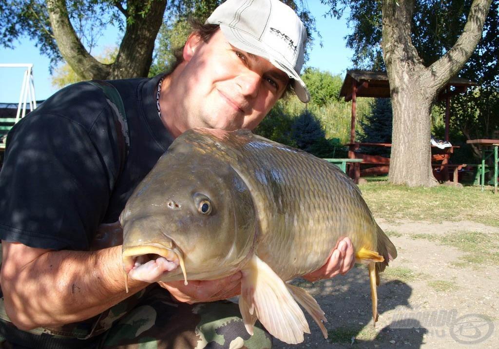 Érthető öröm a horgász arcán…