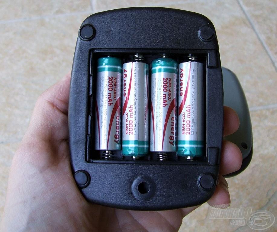 Helyükön az akkumulátorok