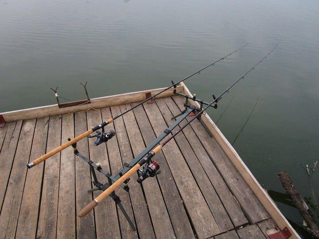 Kapásra várva. Vajon, melyiket húzza el a hal?