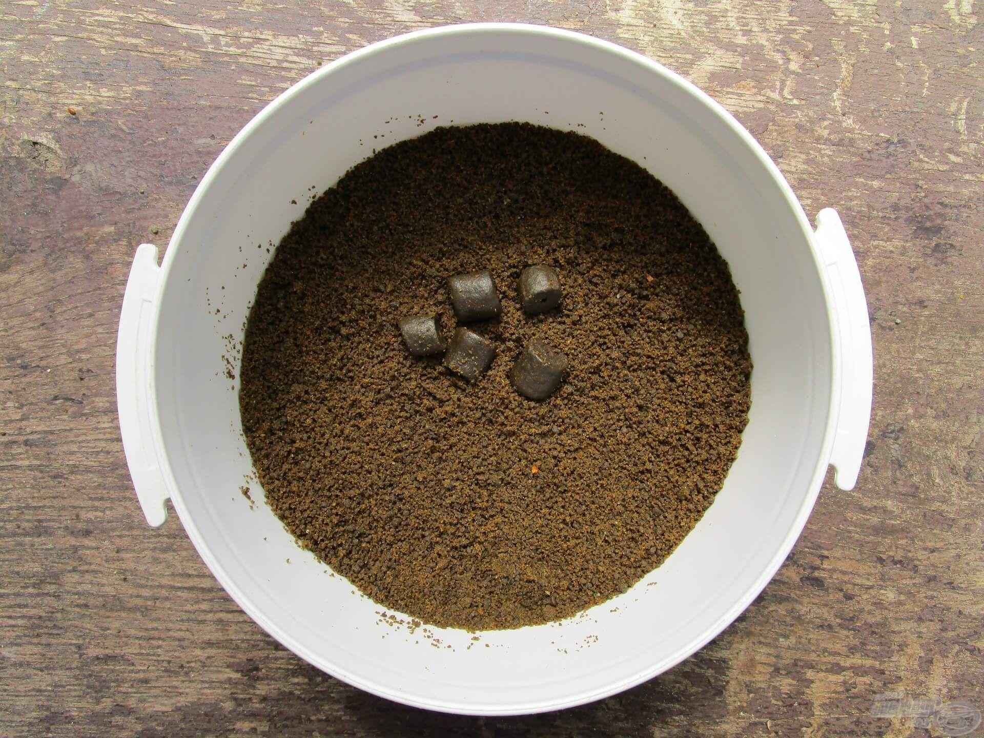 A halibut pellet őrleménye a method etetőanyagokhoz passzol legjobban