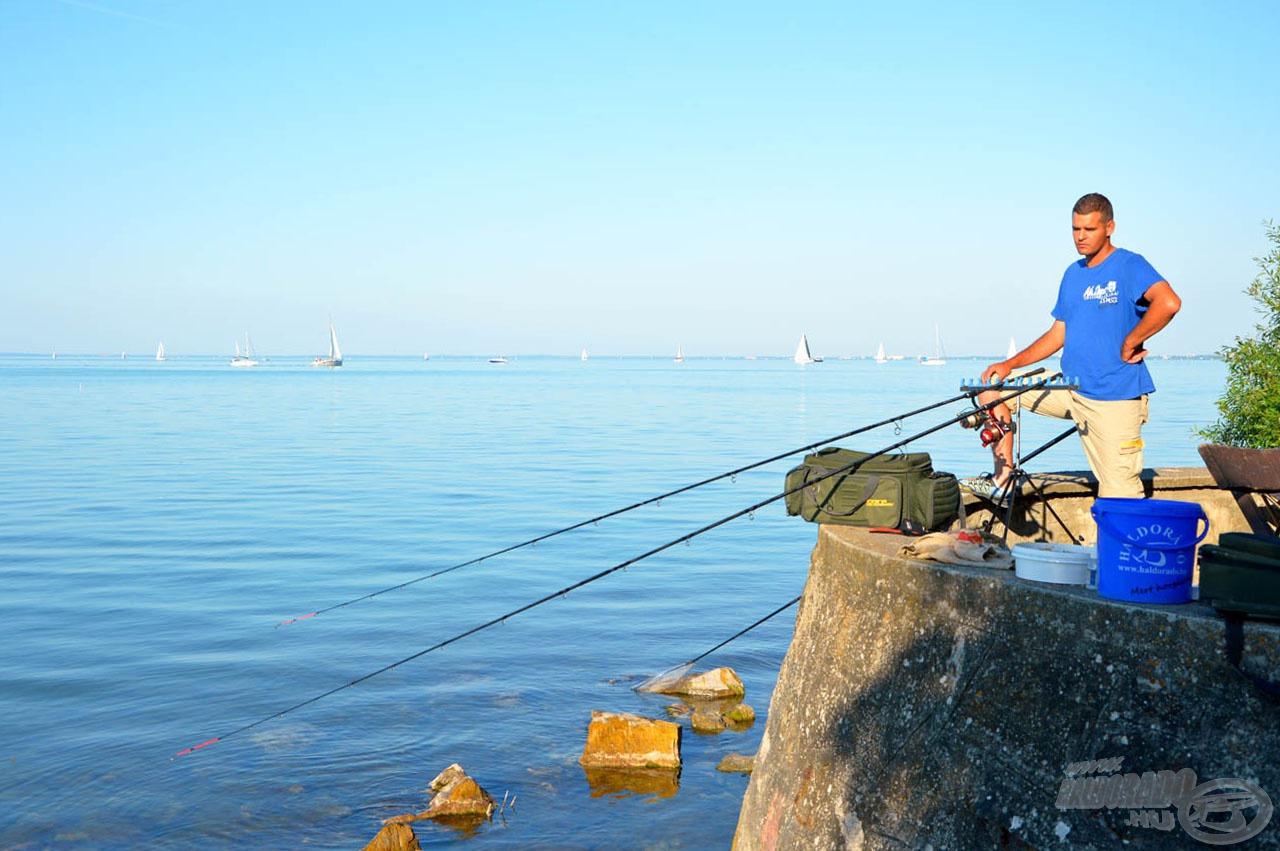 A horgászállás jóval a vízszint fölött van
