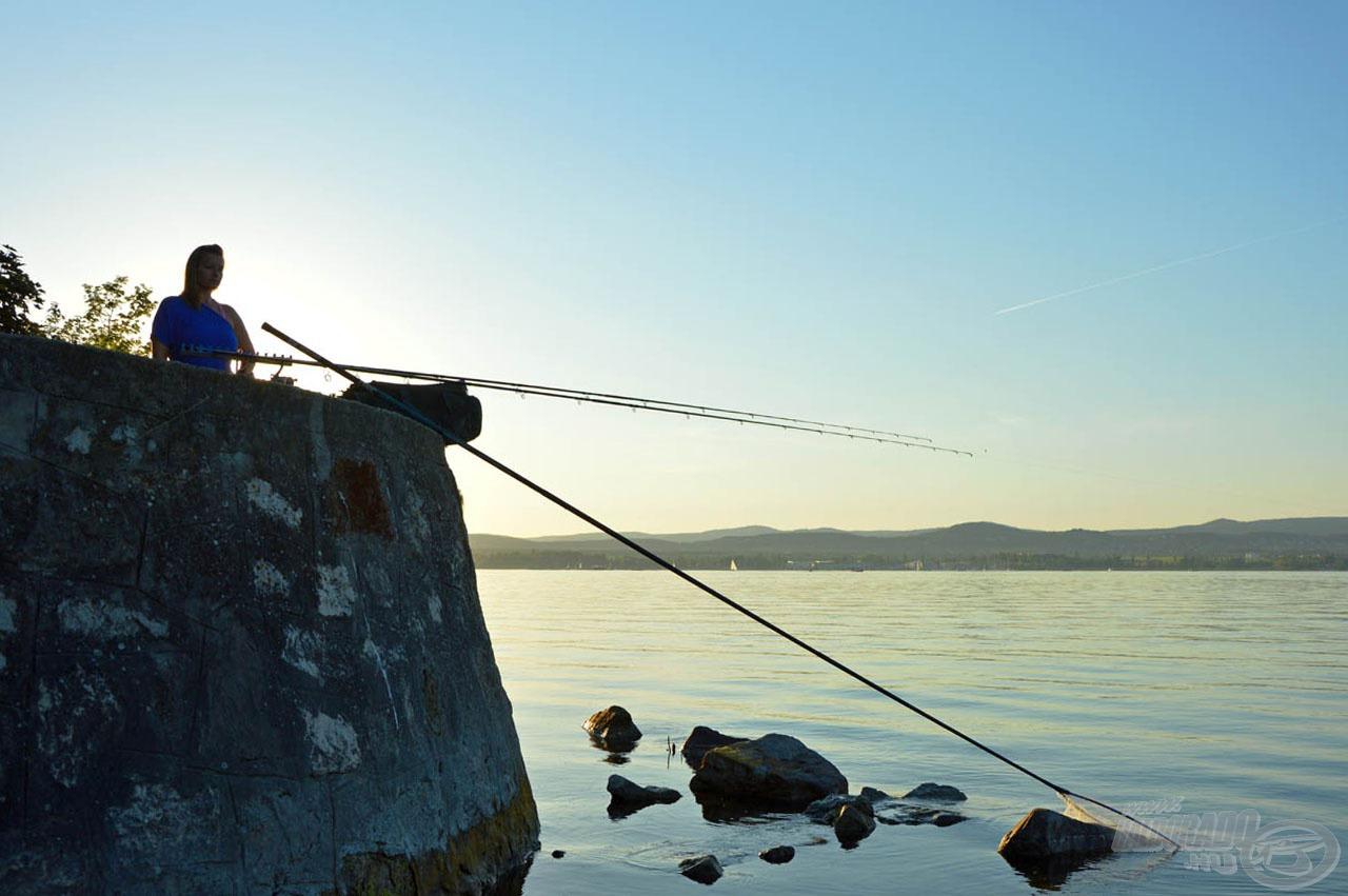 Egy ilyen estén a legszebb, amit a horgásztól kérdezhet a párja: Kijövünk holnap is? :)