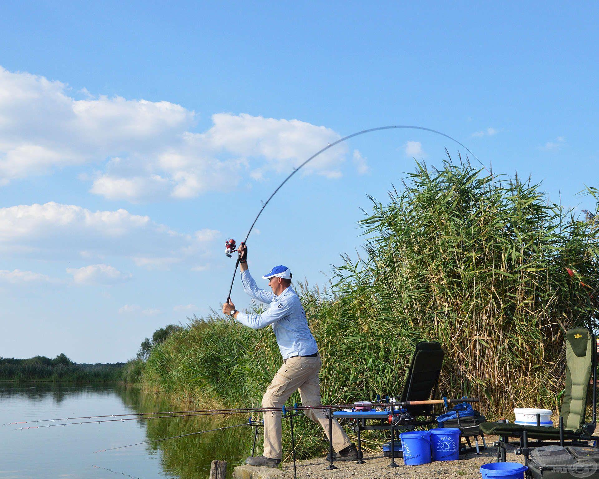 Millér-tavi horgászatunk során én a távdobó keresőhorgászat taktikájával próbálkoztam