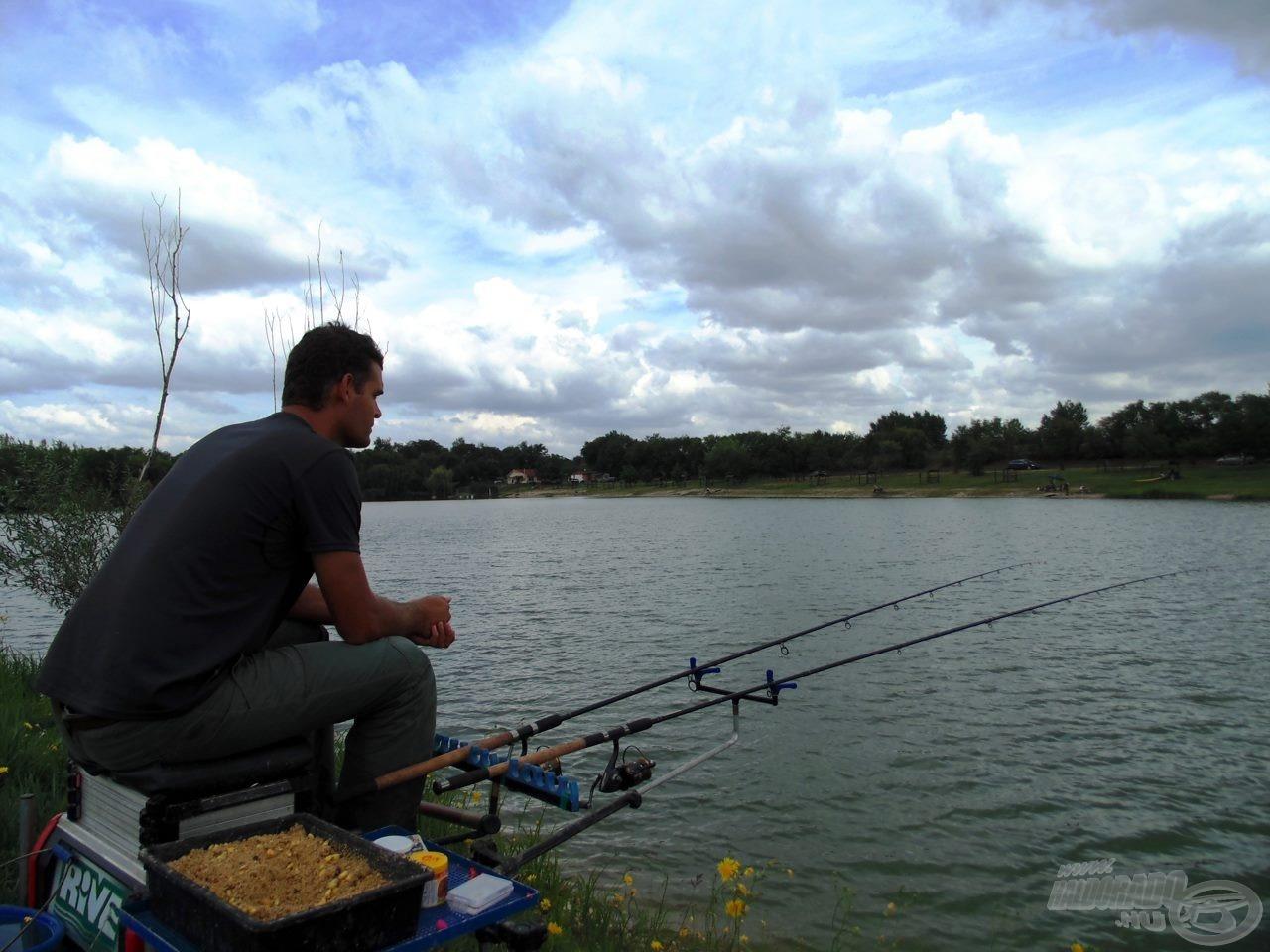 Ücsörgésre csak a horgászat első félórájában volt alkalmam, utána felpörögtek az események