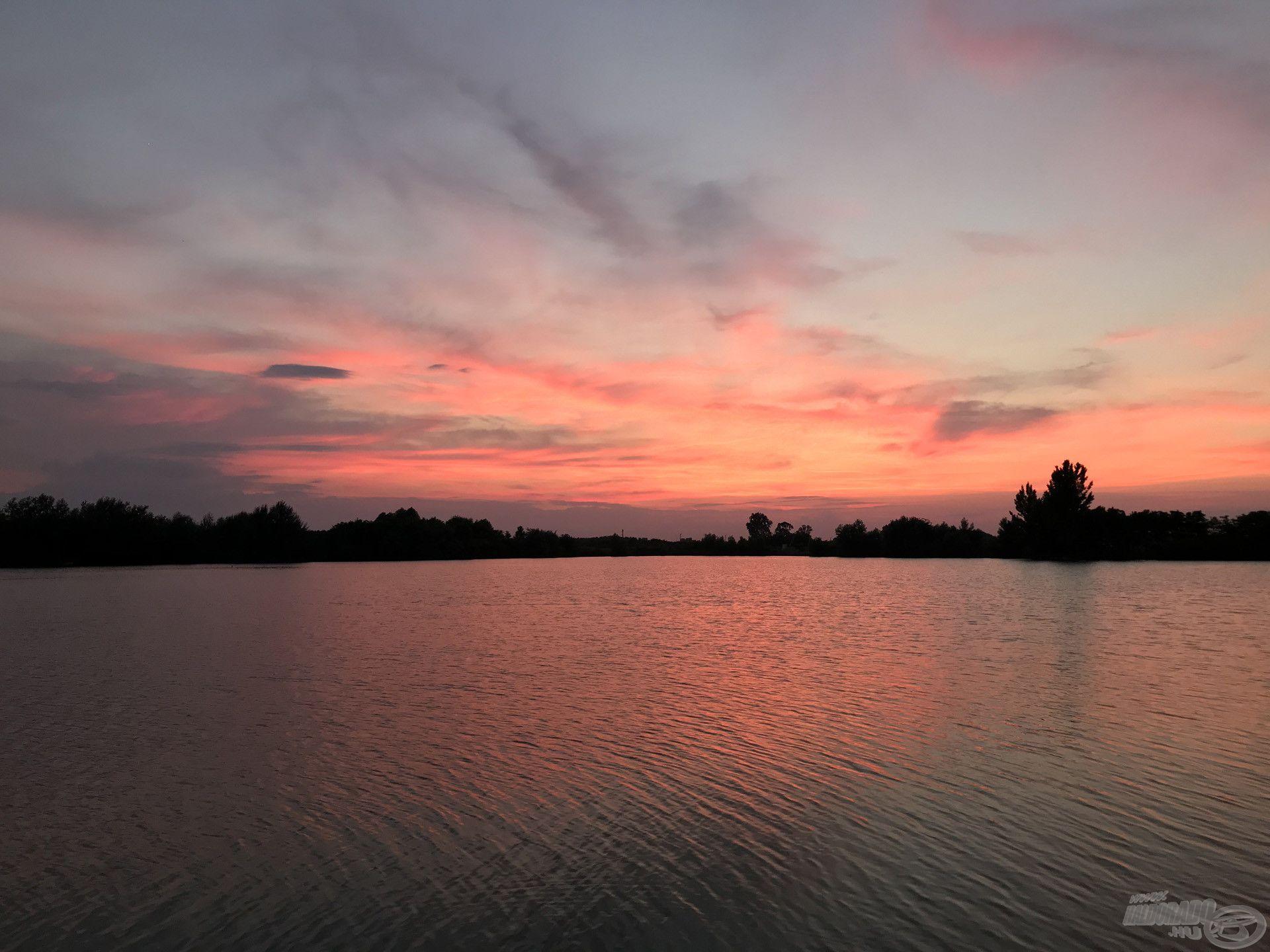 Varázslatos naplemente Lőkösházán