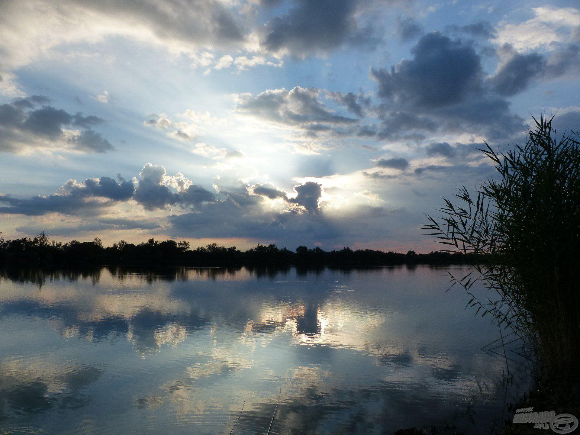 A horgászat helyszíne a békéscsabai Csaba-tó…