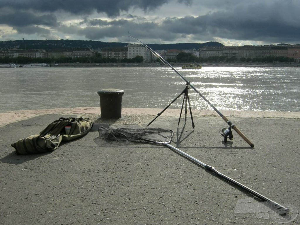 Ezen a placcon, horgászhatunk egy bottal…