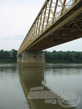 A Tiszán a hídnál kezdődött a pálya…