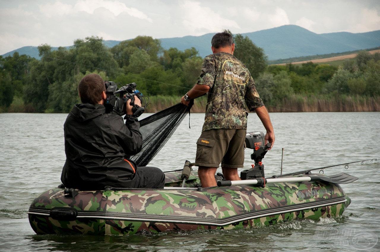 A már 50. résznél tartó Fókuszban a horgászat c. sorozatuk miatt nagyon sokan ismerik és megkedvelték őket. Nagyon népszerű a két srác, amelyet elsősorban rendkívüli segítőkészségüknek köszönhetnek, ráadásul semmit nem titkolnak!