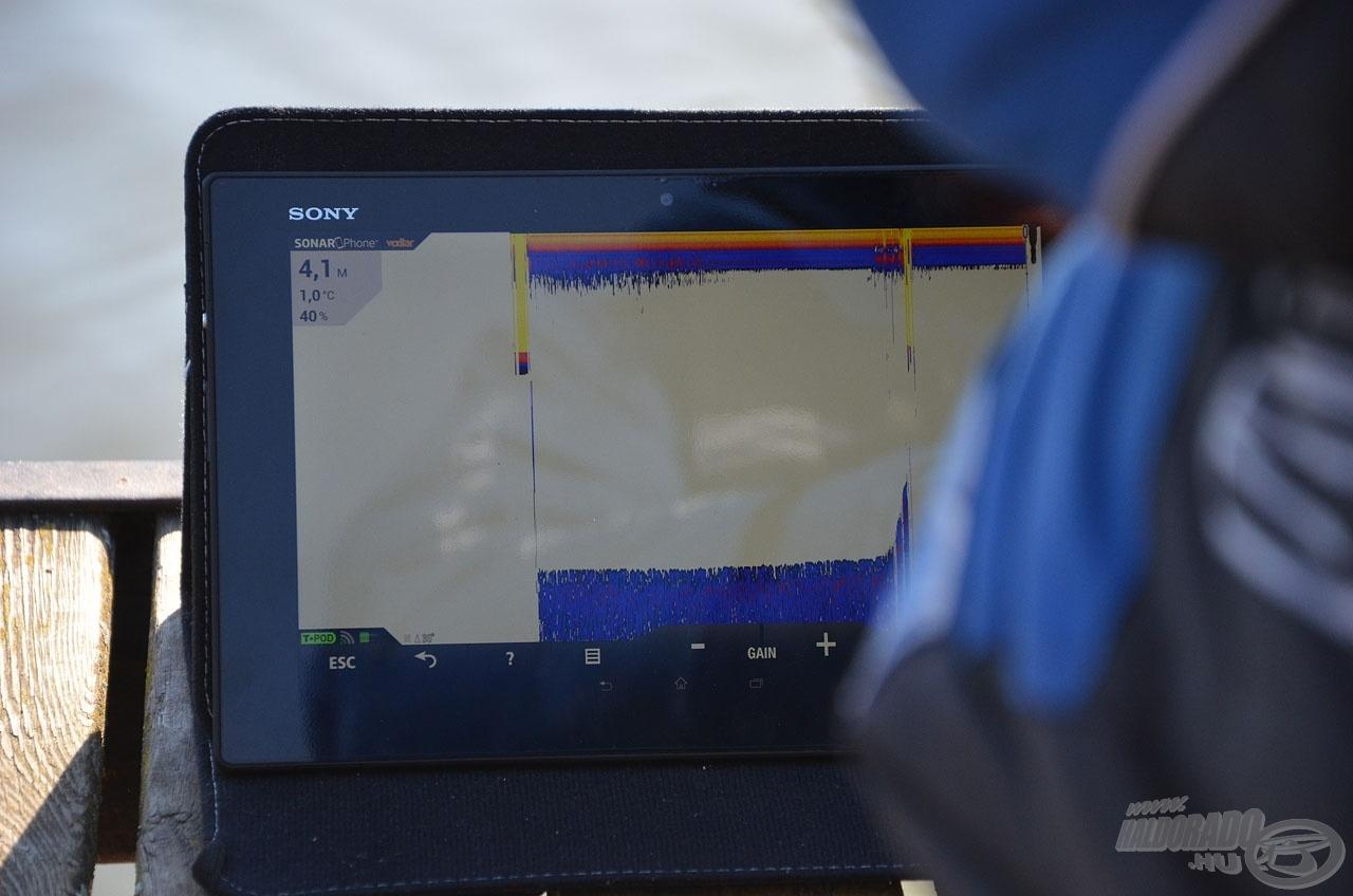 A vevőegység pontosan megmutatta nekünk a halradar által mért mélységet, amely szinte centire azonos volt, mint amit Discovery Lead mélységmérővel mértem!