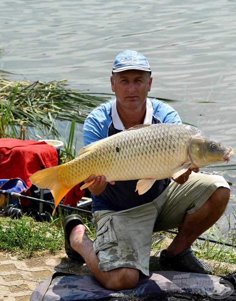 Ilyen szép halakat terelt szákba