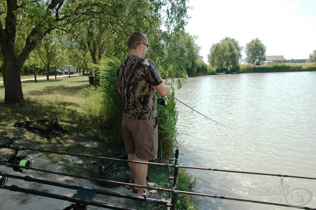 Az etetésről könnyedén le tudtam húzni a megakasztott halakat, de…
