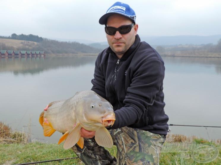 Az első hal: egy 6,5 kg-os…
