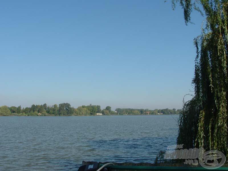 El sem tudtuk képzelni, hogy mit rejt a Kis-Duna, amíg közelebbi ismeretségre szert nem tettünk Önagyságával