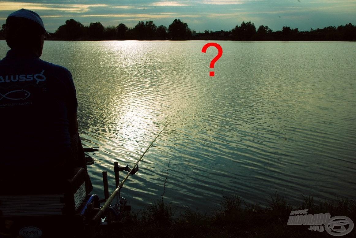 Főleg a nagyobb vízfelületű tavakon - mint amilyen a zsennyei nagy tó is - nehéz a távolságok megbecsülése. Olyan, mintha vakon horgásznánk, nincs mihez viszonyítanunk. Eddig nem tudtuk pontosan meghatározni, hol találhatók a medertörések, a haltartó helyek, miképp tudunk oda horgászni anélkül, hogy ismernénk a távolságát. A vízen ezt lemérni eddig nehezen lehetett
