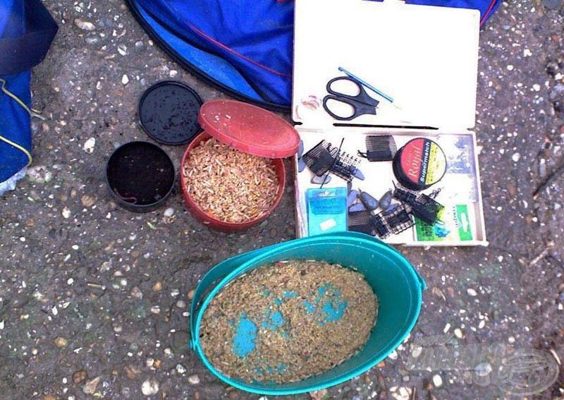 Pár órás feederezésnek nagyon kevés a felszerelés és a csali igénye