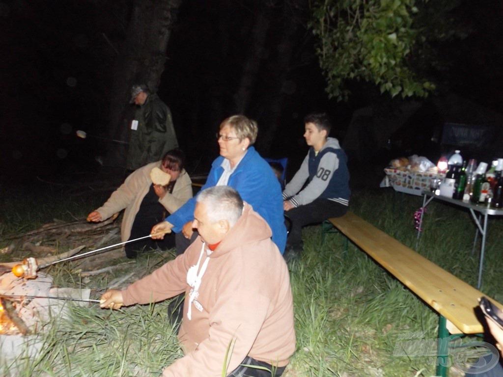 Kímélő vacsora kordában tartott erdőtűzzel