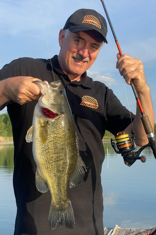 A nap egyik legszebb hala, a kapitális méretű pisztrángsügér!