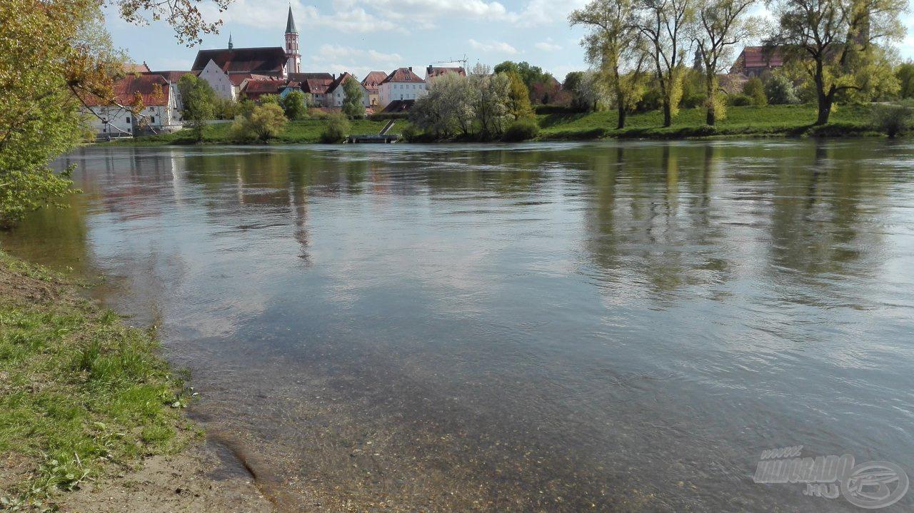 A fiatal Duna a túlpartról
