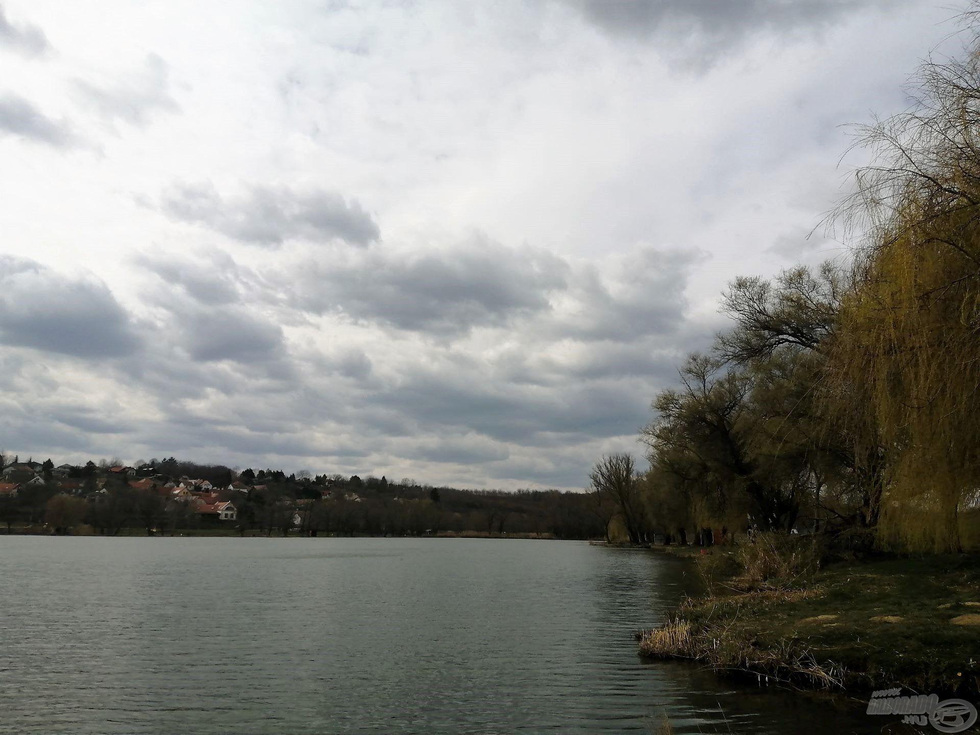 A hirtelen megélénkülő hideg szél vetett véget a horgászatnak