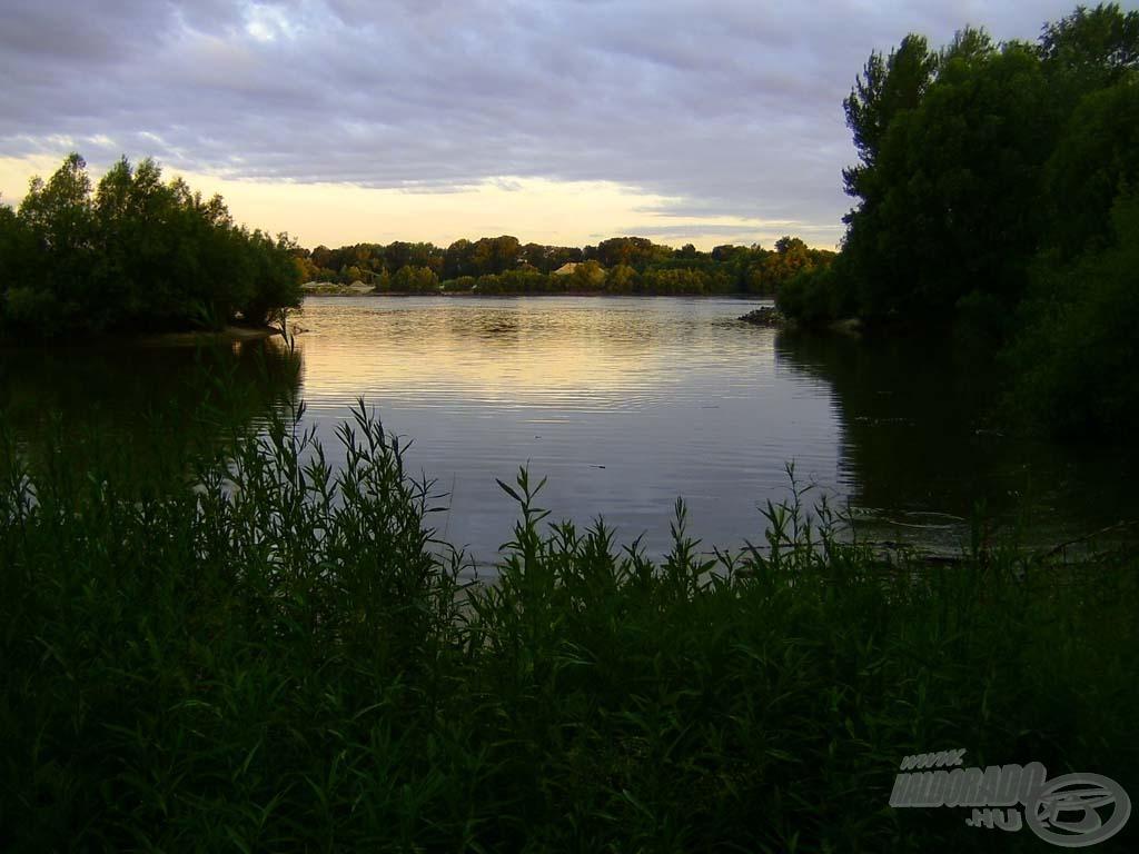 Hajnali Duna-idill