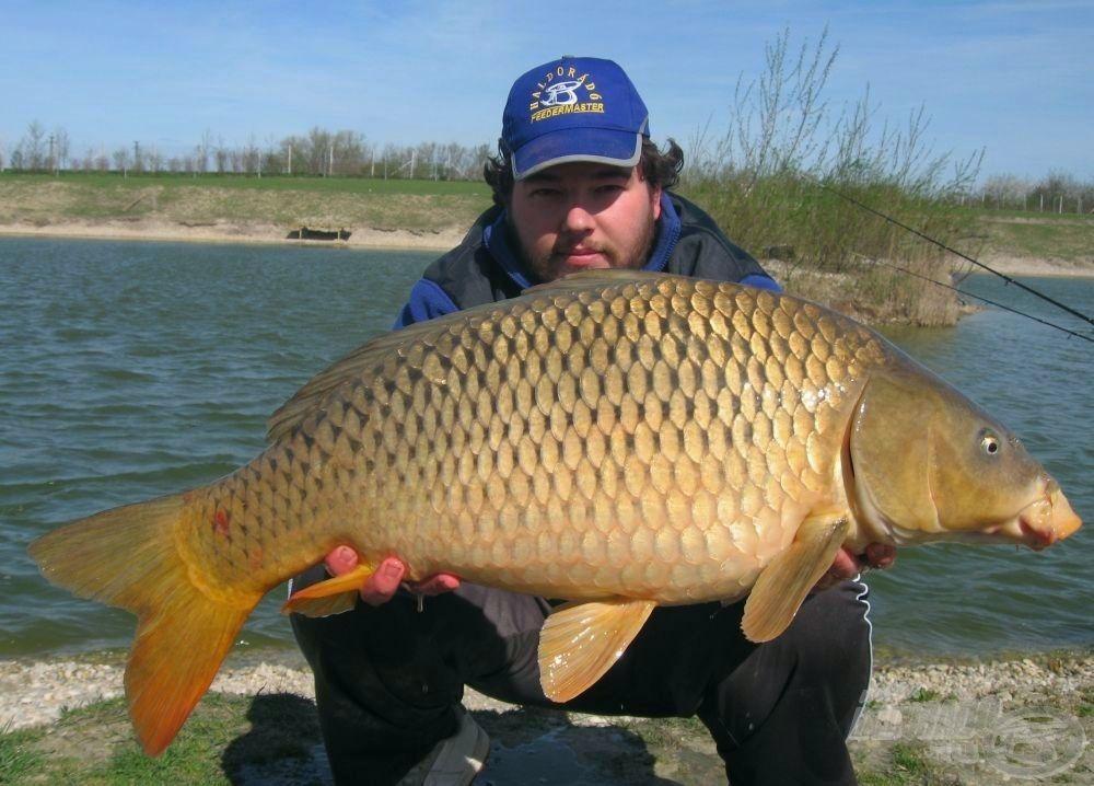 Az első hal egy 10 kg feletti ponty volt