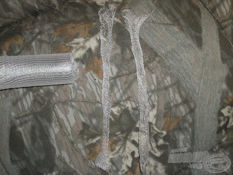 Kés segítségével szeljük két részre (hosszában) a hálót