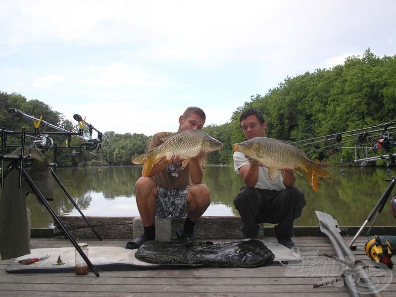 Másnap hajnalban egyszerre két halat is fényképezhettünk
