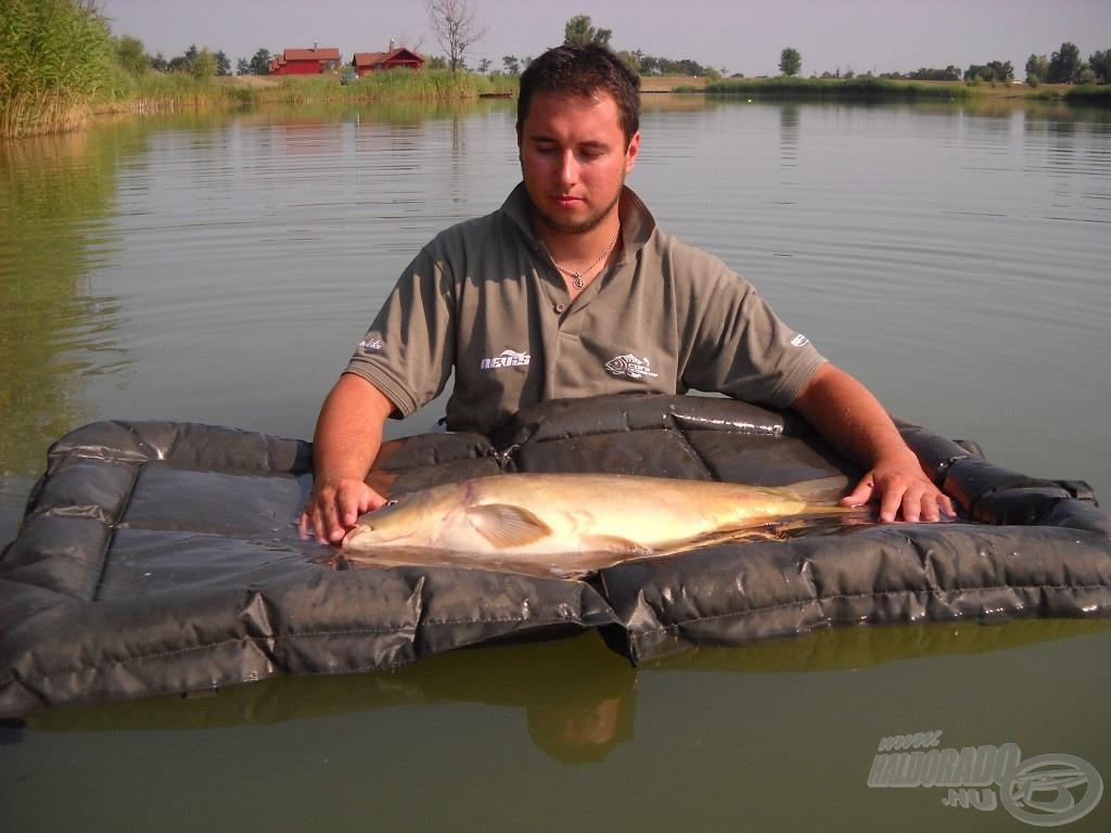Pontyok horgászata, amikor forr a víz - avagy aki keres, az talál