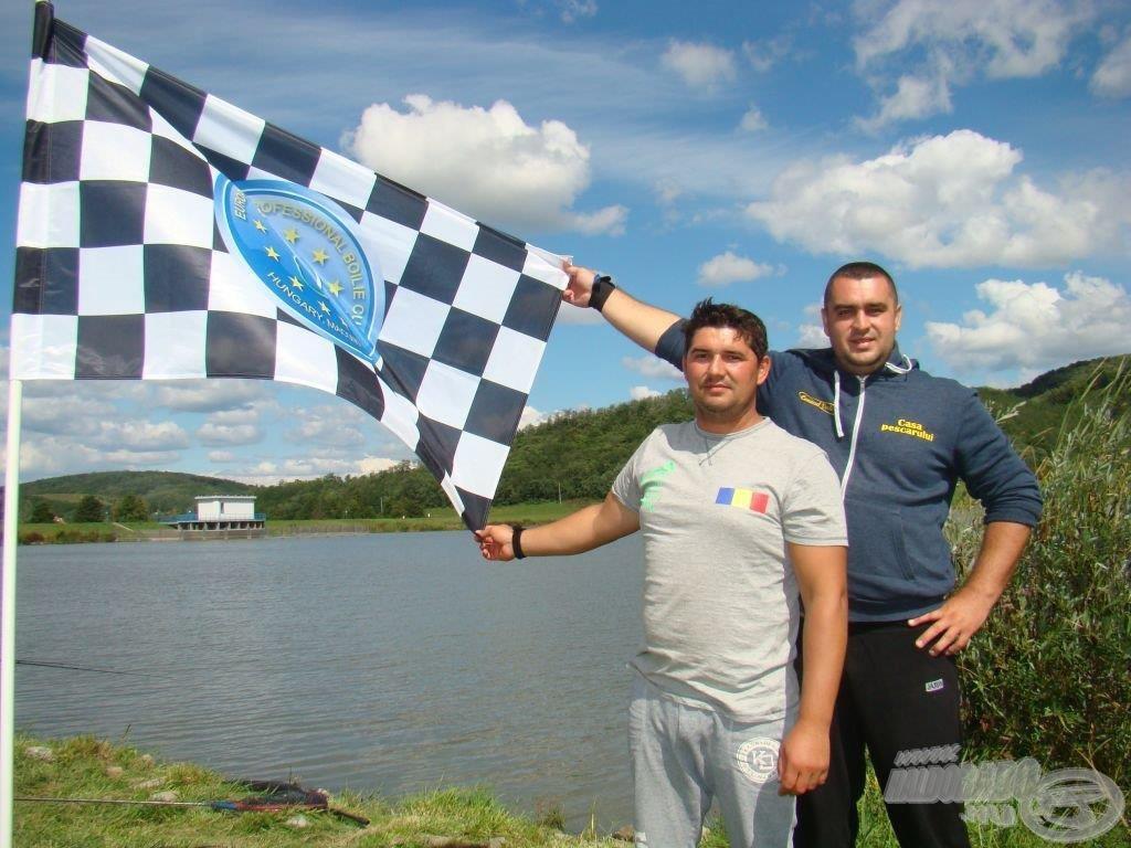 Már loboghat az első kockás zászló a versenyben jelenleg jelentős előnnyel vezető csapatnál