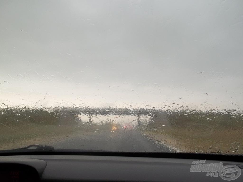 Természetesen az eső útközben is utolért