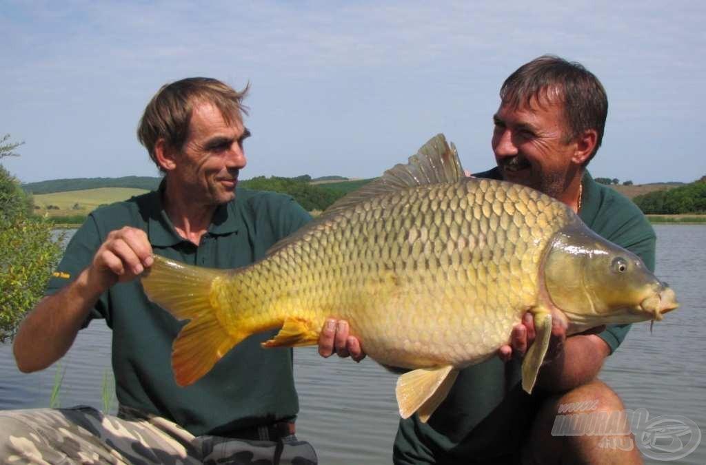 A Ke-Na Carp Team és a verseny legnagyobb hala