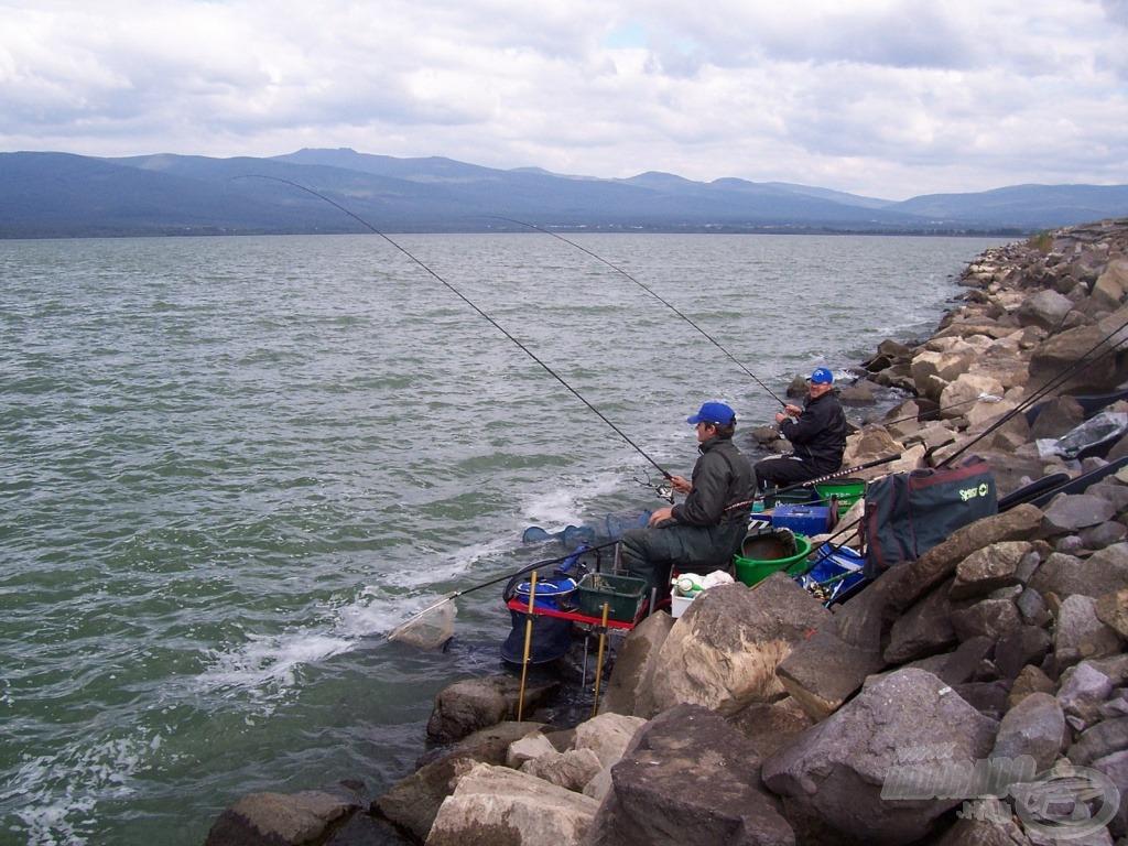 Hosszabb botokkal horgásztunk
