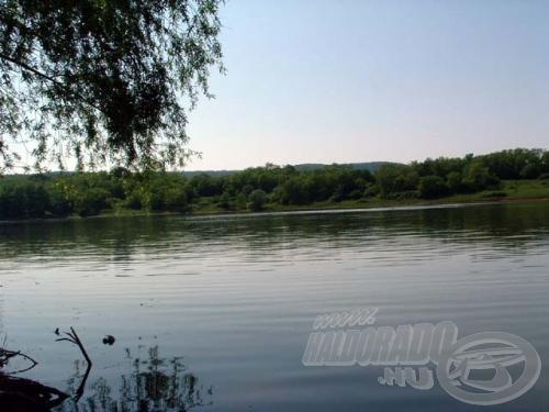 A kora nyári időszakban a legszebb a tó!