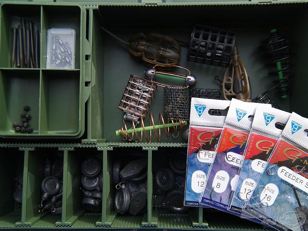 Egy szerelékes dobozba minden szükséges dolog belefér, és rendezett képet is mutat. Könnyedén megtaláljuk benne a szükséges kellékeket